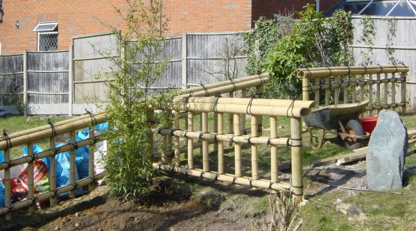 Build bamboo fences - My Japanese garden